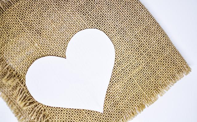 heart-3091071_640